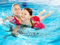 Lợi ích của bơi lội là vận động cơ thể toàn diện